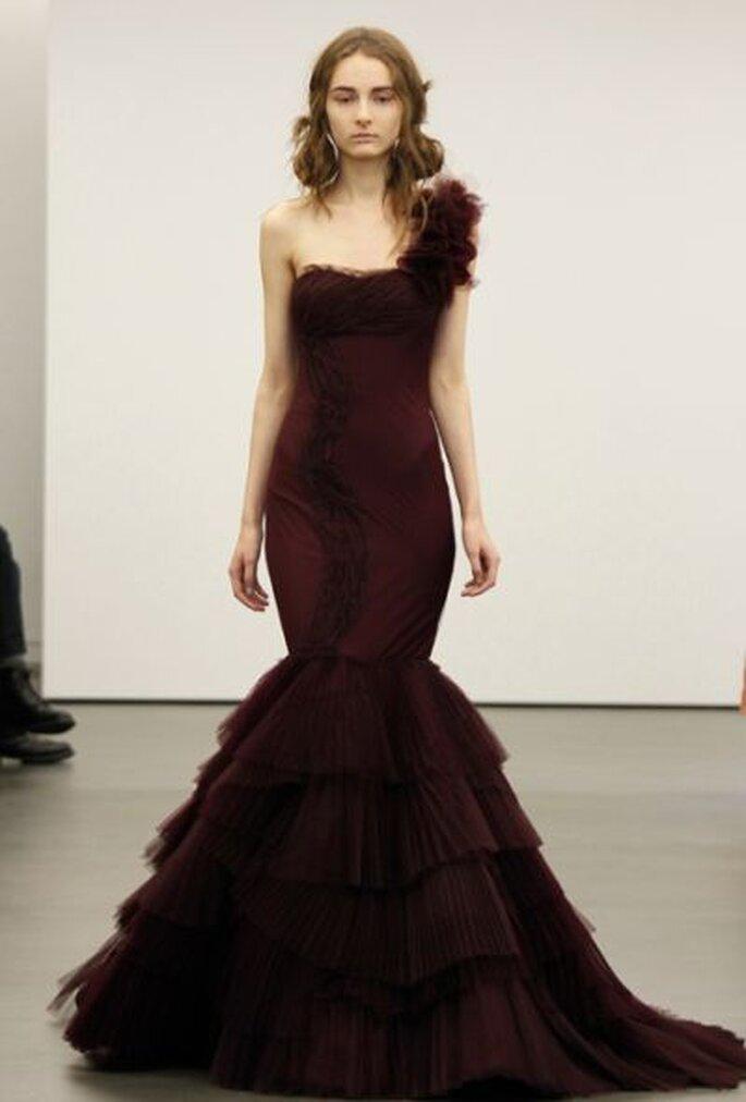 Auffälliges Hochzeitskleid für die Braut, die sich traut! Vera Wang