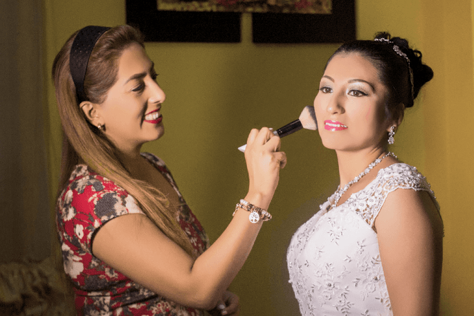 Chío Makeup & Hair