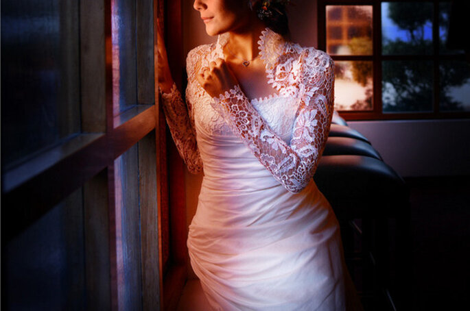 Detalle del vestido de la novia. Foto: Juya Photographer