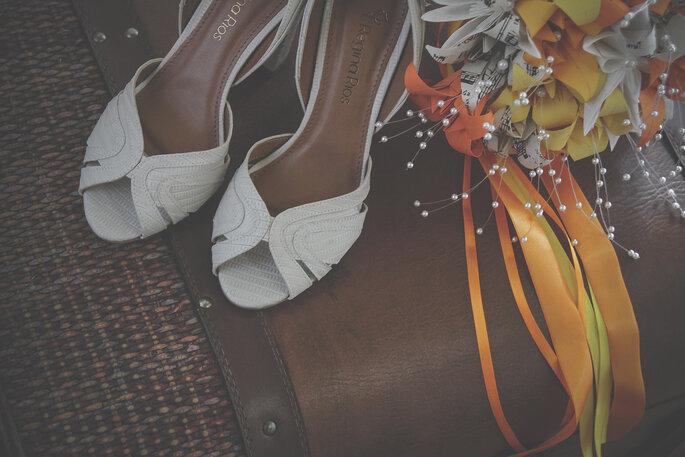 Sapato e buquê