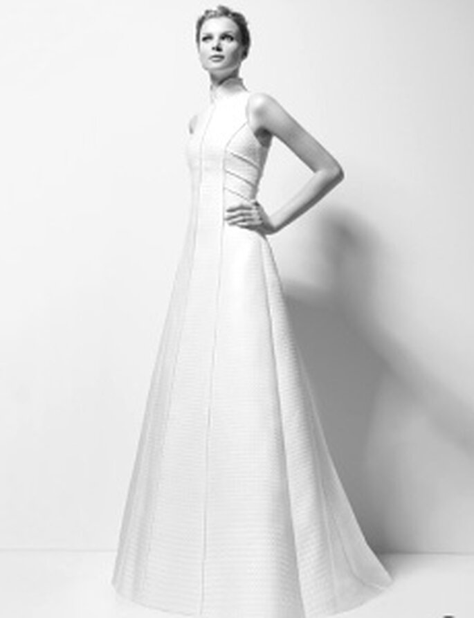 Karl Lagerfeld 2010 - Xandy, langes Prinzessinnenkleid aus Jacquard, gerade, betonte Linien, ärmellos