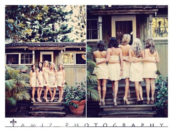 Las damas eligieron vestidos en color nude con diseños diversos - Foto Tamiz Photography