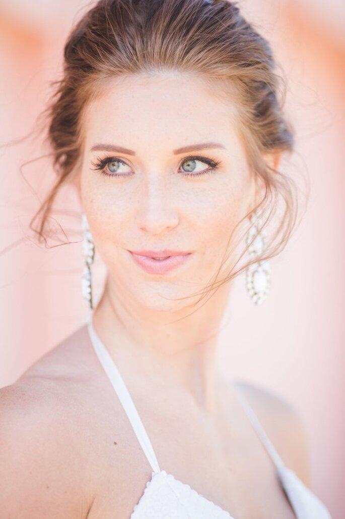 Tips de maquillaje para que tus ojos luzcan más grande - Aly Carroll