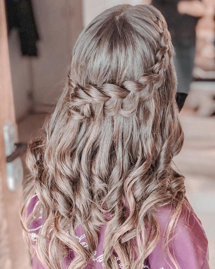 penteado de casamento semi-apanhado com trança