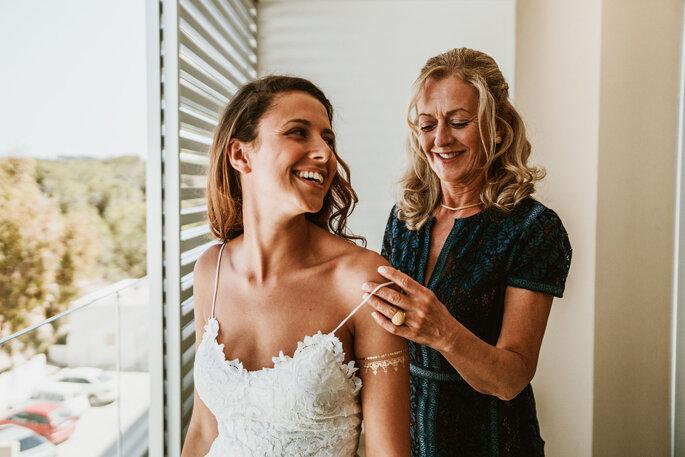 mãe e filha preparação casamento