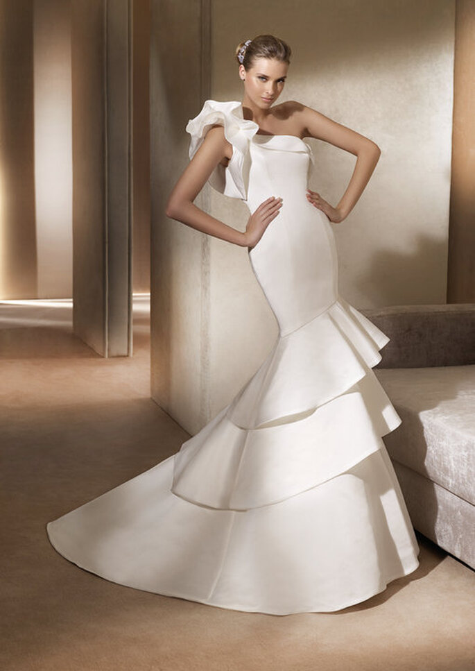 Alison - Glamour Collection Pronovias 2011