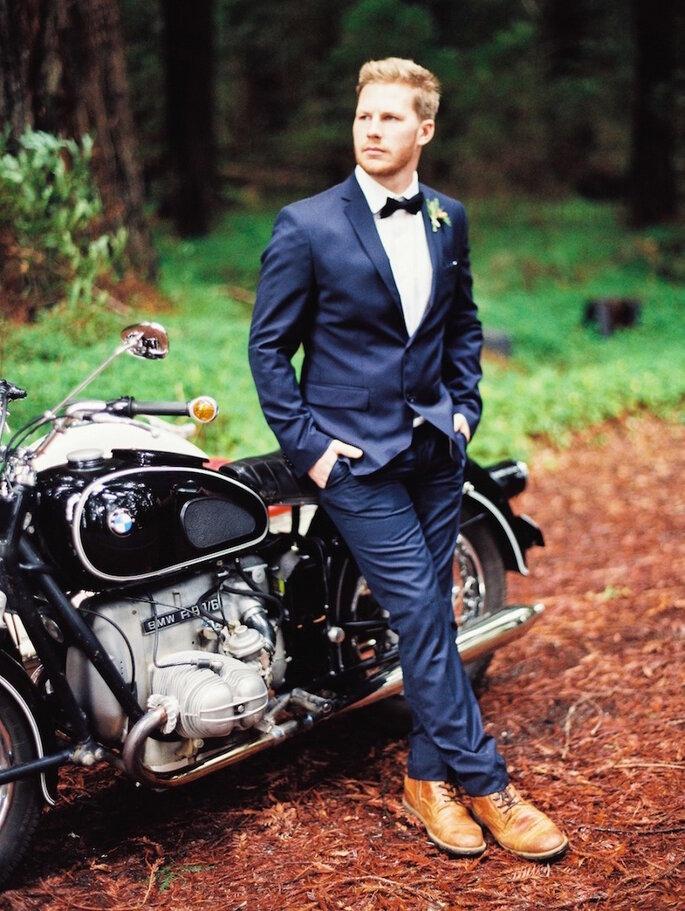 8 accesorios en tendencia para que tu novio luzca guapo en la boda - Perry Vaile