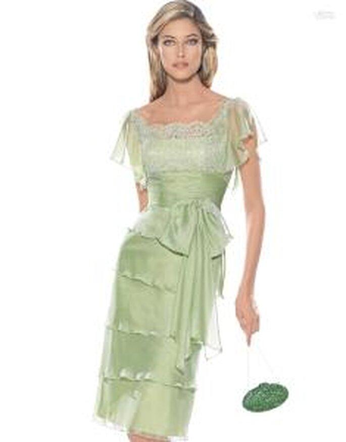 Pronovias Cóctel 2010 - Aldea, vestido corto en verde claro, con encaje y volados