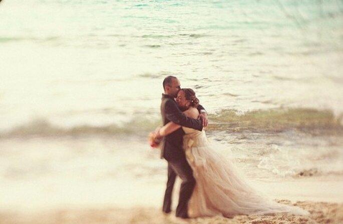 """Sagen Sie """"Ja"""" am Strand von Florida – Foto: one love photo"""