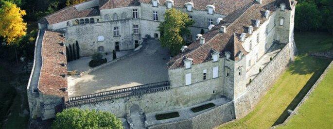 Le Château de Cazeneuve
