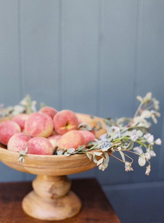 Una novia saludable come frutas y verduras - Foto O'Malley Photographers