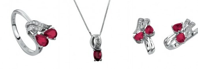 Joyas, los accesorios que te harán brillar en una boda. Foto. Juego de diamantes y rubí Cristal Joyas.