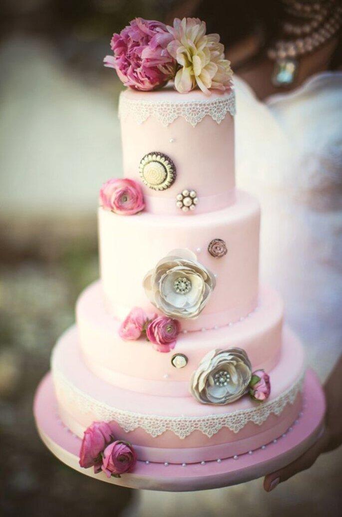 Photo: Hot Pink Cake Studio by Ipshita.