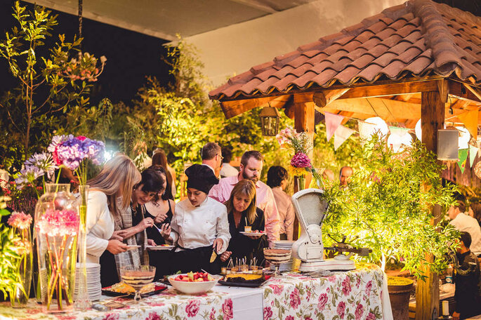 Banquetes & flores - Adolfo Cartajena