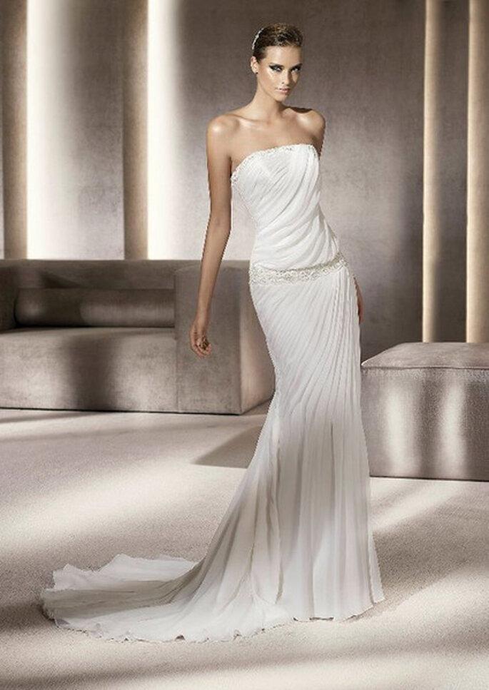 Pronovias 2012 vous propose une s lection de robes de for Robes pour un mariage sur la plage