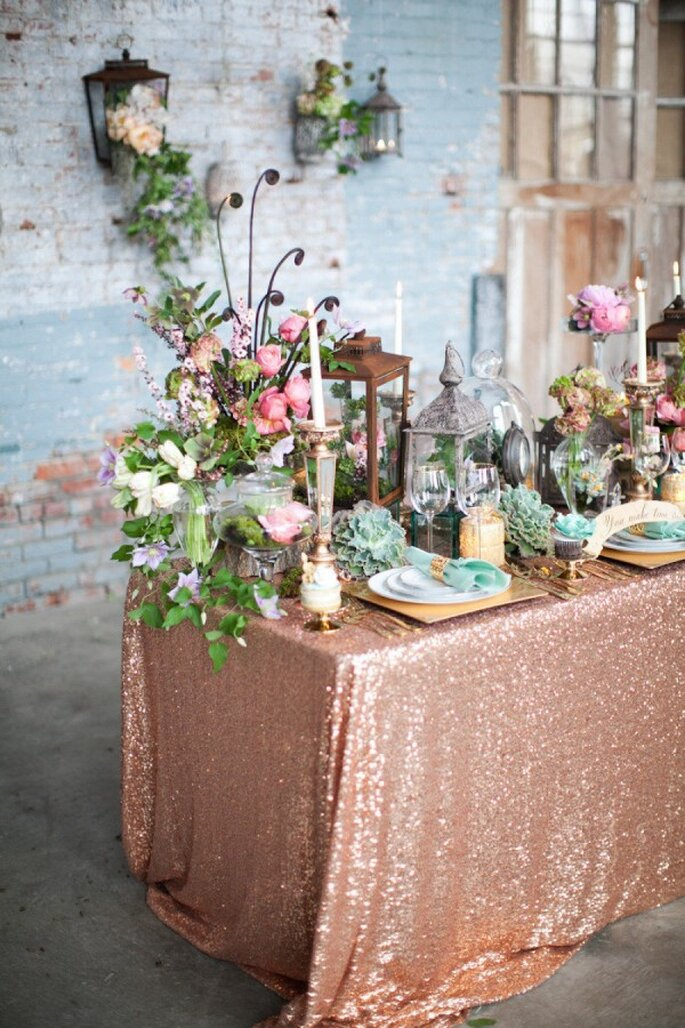Decoración de boda con glitter y lentejuelas - Foto J'Adore Love