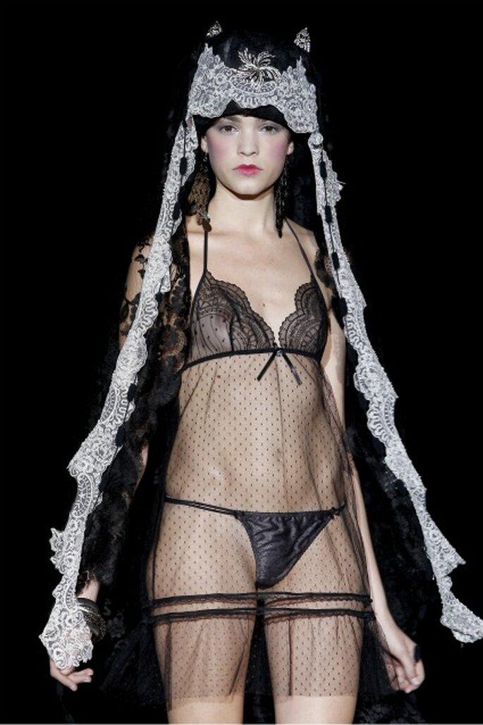 Cet ensemble Emperatriz 2012 est parfait pour la nuit de noces - Ugo Camera / Ifema