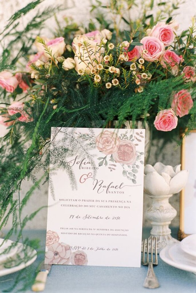 Rectractus Floral & Paper Design