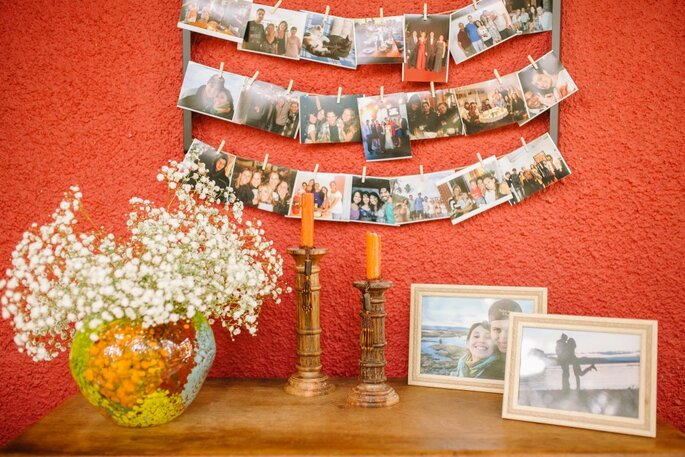 Mural de fotos para casamento rústico