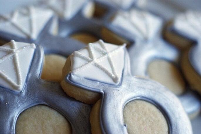 Galletas gourmet para tu boda en forma de anillos de compromiso - Foto Sweet Cucina
