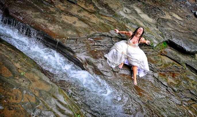 Trash the Dress-Fotografie sind kreativ – Foto: cheslerphoto.com