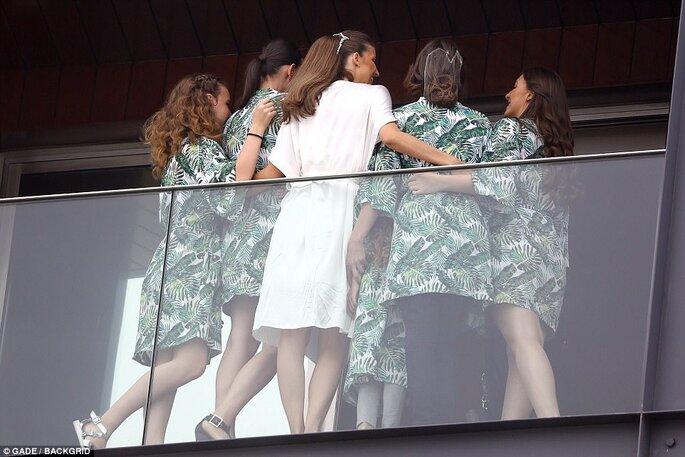 Michelle Alves e suas madrinhas