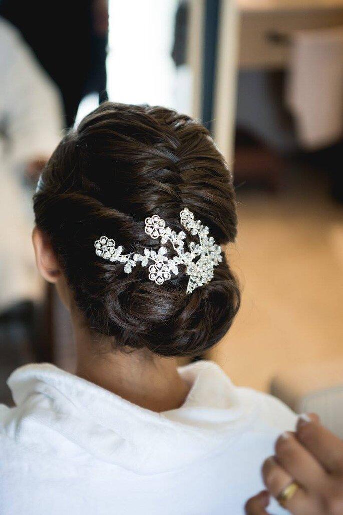 Acessório do cabelo da noiva