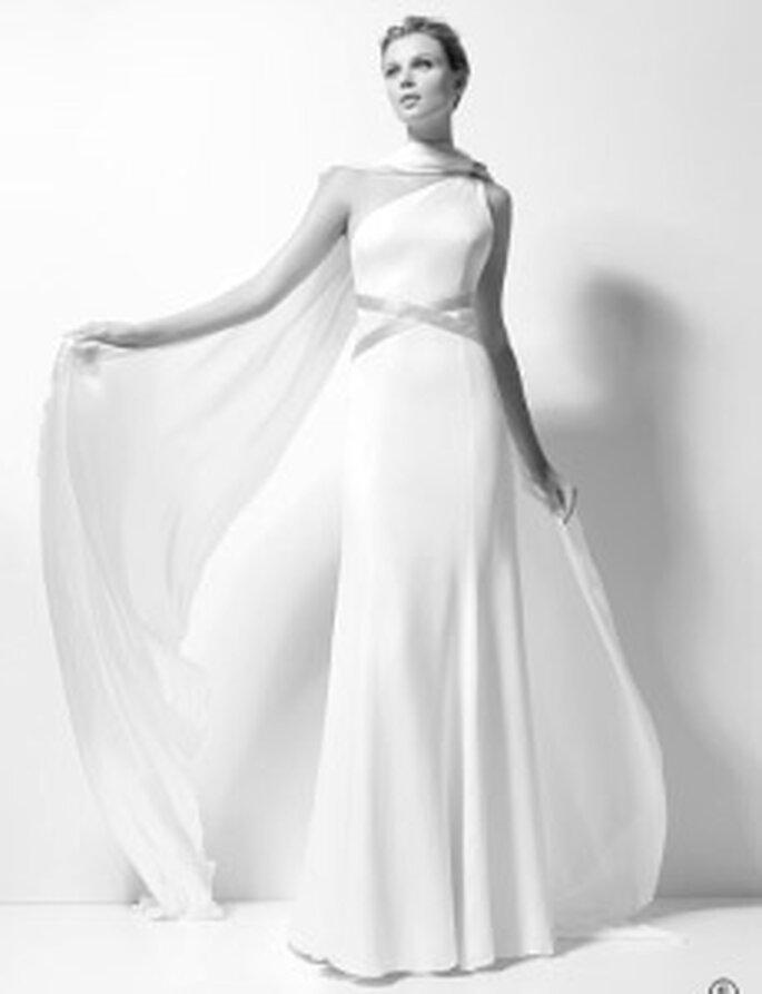 Karl Lagerfeld 2010 - Xenobia, vestido largo bordado en gasa de seda, de talle alto, cinturón cruzado en seda, escote transversal