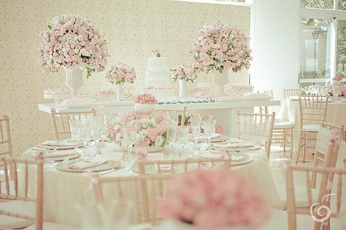 Tischdekoration für Ihre Hochzeit in Pastelltönen - Foto: cabecadenoiva.