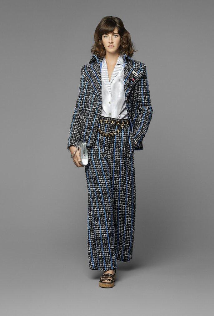 Traje de invitada en el famoso tejido de la firma tweed