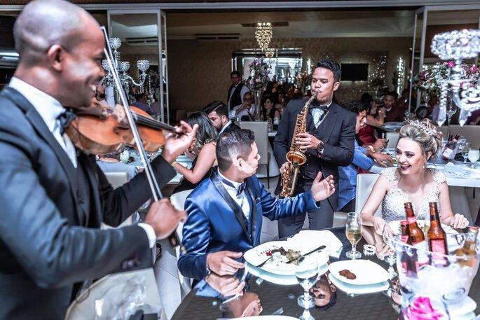Walking music sax e violino