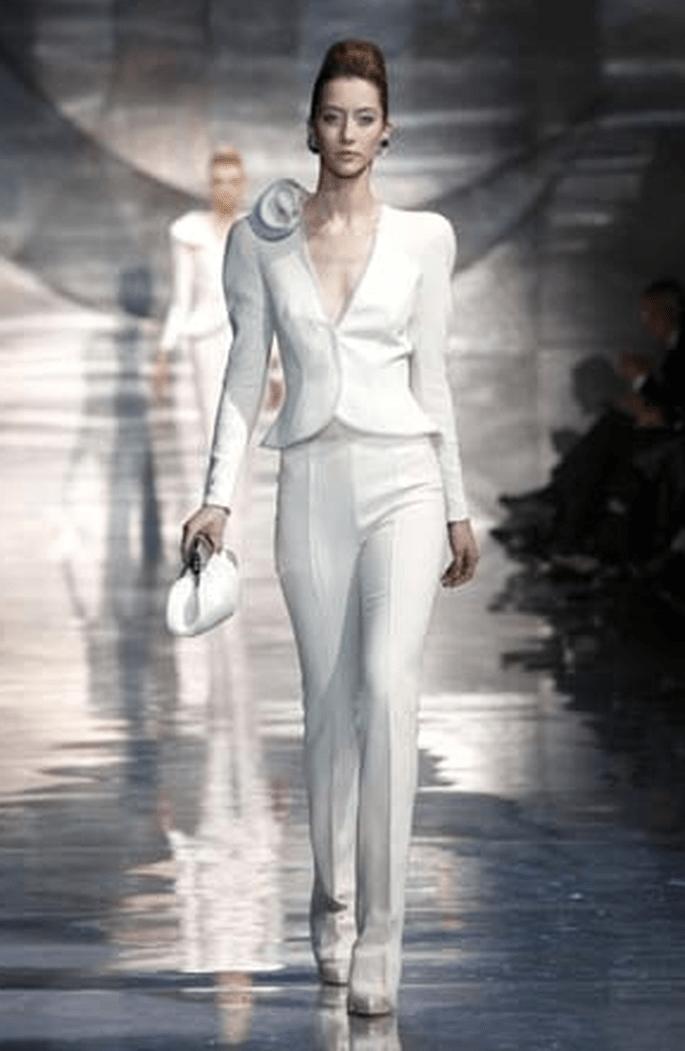 Tailleur pantalon, l'élégance pure -Armani 2011