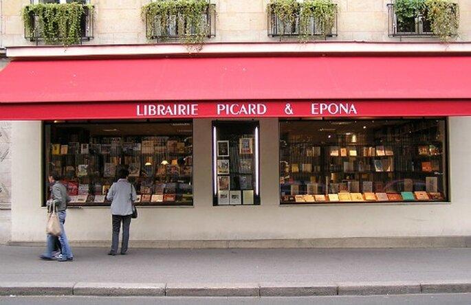 Pour un cadeau de mariage personnalisé et original, foncez à la librairie Picard !