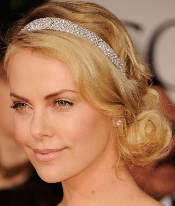 Charlize Theron nous inspire pour un maquillage de mariée nude et lumineux ! - (C) Tout pour mon mariage