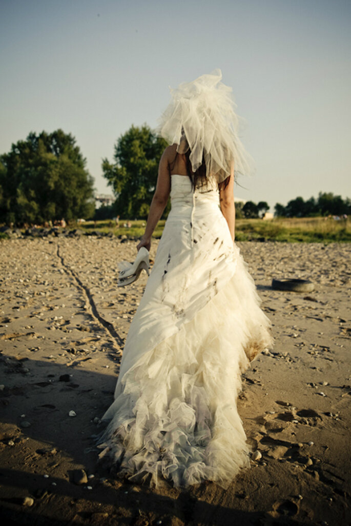 'Trash the dress' Fotos von Monique Zöllner Fotografie