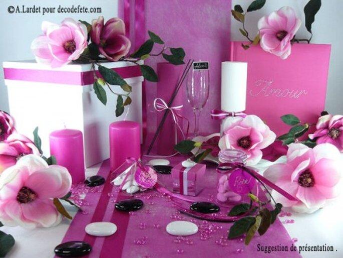 Décorez vos tables de mariage et votre salle de réception de fleurs ! Source : decodefete.com