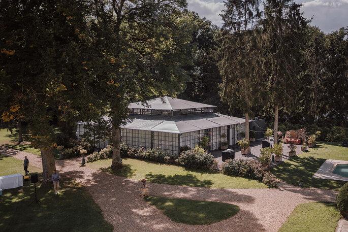 Une orangerie pour une réception couverte en extérieur