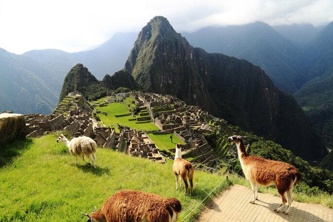 Foto vía Shutterstock: Cusco, Perú