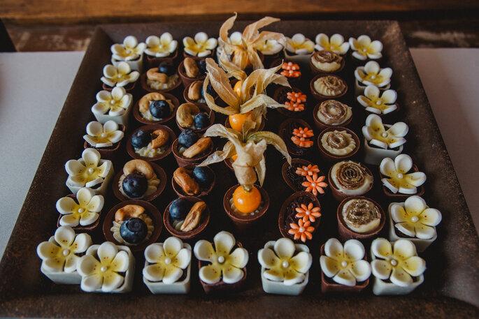 Bolo, doces e chocolates: Madame Ferraz - Fotografia: Alexandre Rechtman