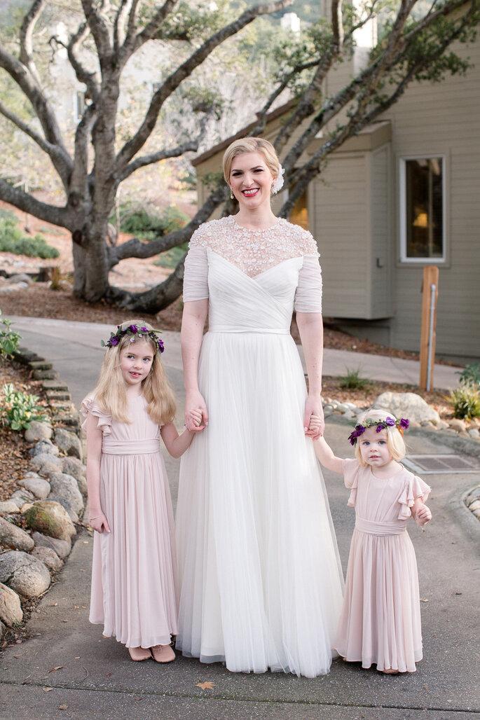 Púrpura en tu boda -  Erin Hearts Court