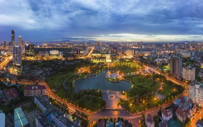 Shutterstock: Hanoi Photography