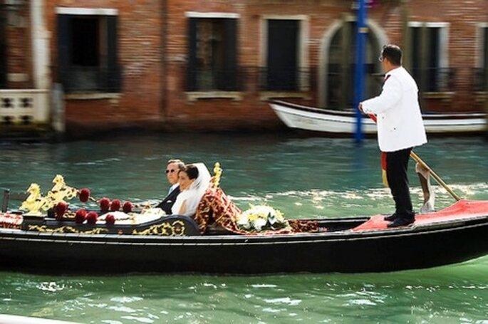 Romantische Gondelfahrt am Hochzeitstag in Venedig - Foto: sterte, flickr