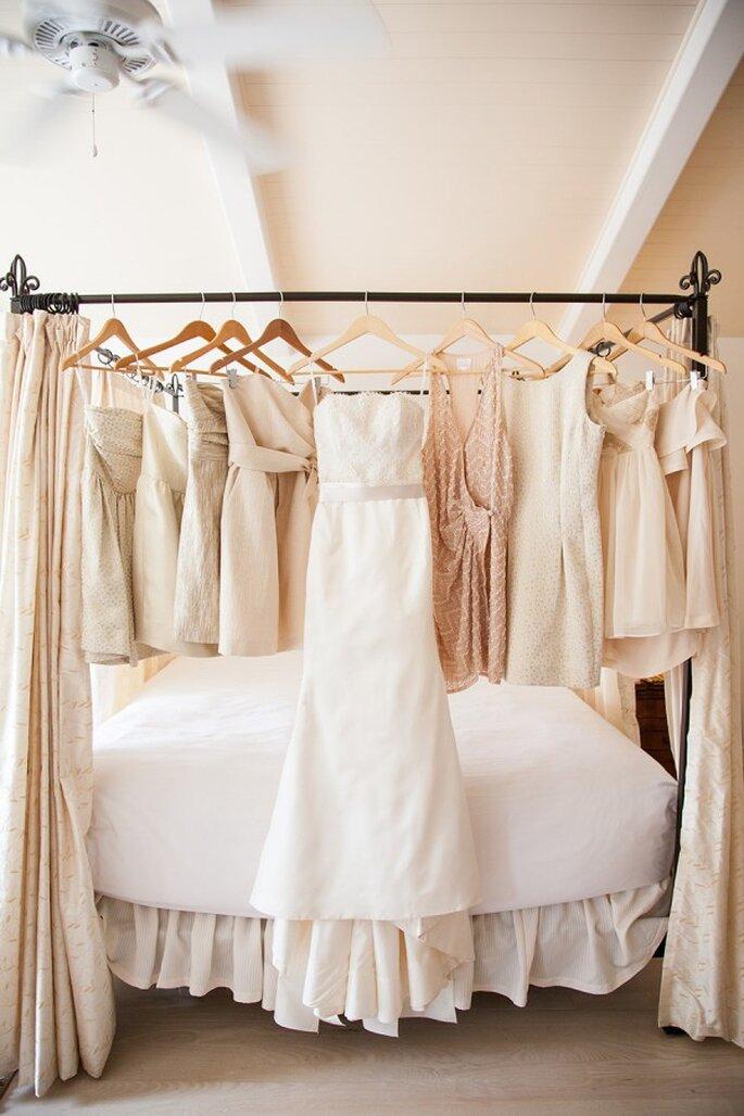 Colores neutros en los vestidos de tus damas - Foto Studio 28 Photo