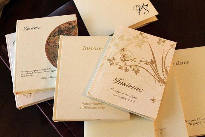 Libri bomboniera personalizzati. Foto via I Bombolibri FB