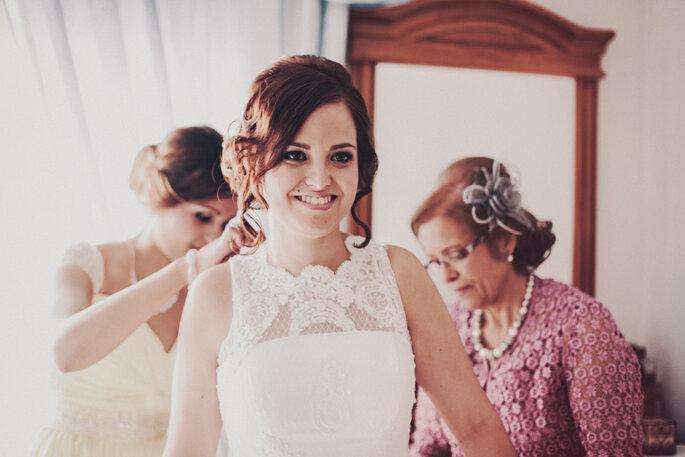 Auch das Brautstyling sollte vorher genau durchgeplant werden. Foto: Carlos Lucca