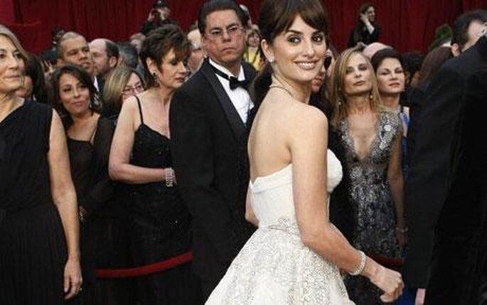 penelope-cruz-en-los-oscars-2009-vestida-de-novia