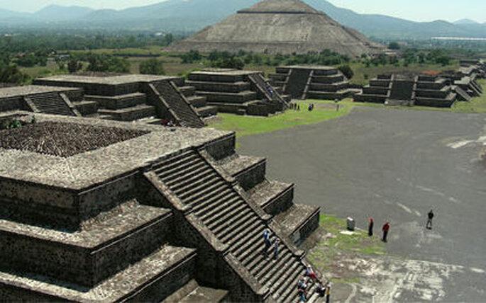 ¡Disfruta de las bellísimas pirámides de Teotihuacan!