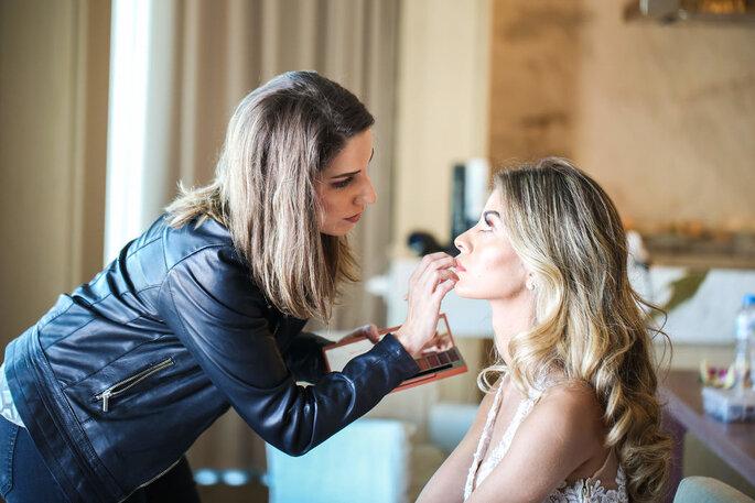 Claudia Mendes Makeup