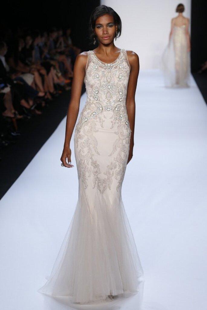 Vestido de novia 2014 con corte sirena y falda confeccionada en tul - Foto Badgley Mischka
