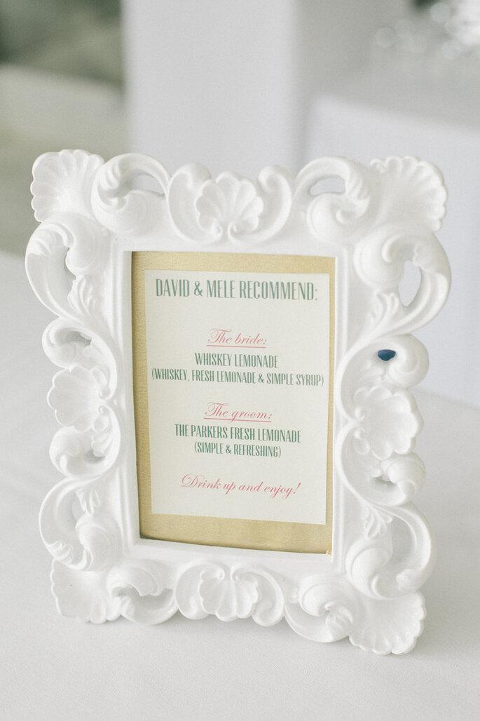 Decoración de boda con marcos y portarretratos - Onelove Photography